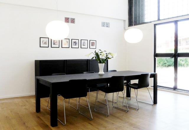 MILANO // Kombineret showroom og mødelokale
